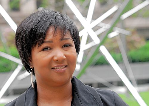 Mae Jemison: Teaching arts and sciences together