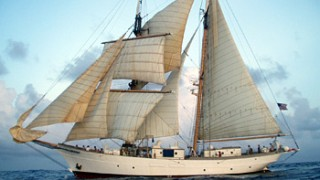 Off-campus study experience on a sailing research vessel
