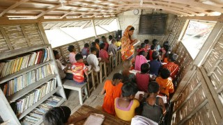 Boat schools for women and girls brings flexible education