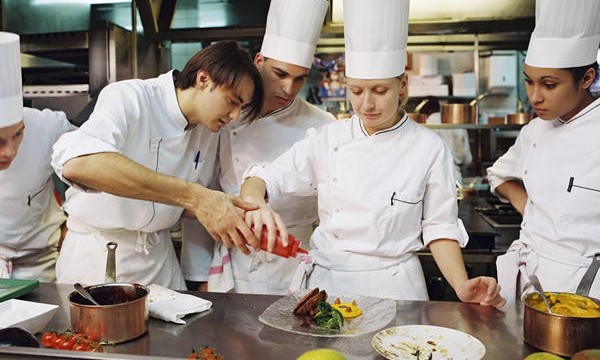 Young Chefs: the challenge of culinary creativity