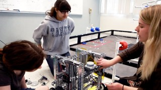 Making robots as an example of Project-based learning